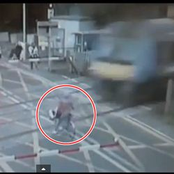 cyclist-nearly-killed-by-train-in-england-video_0